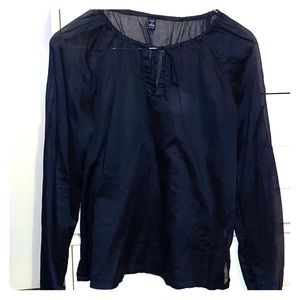 Ladies blouse long sleeve medium from the Gap